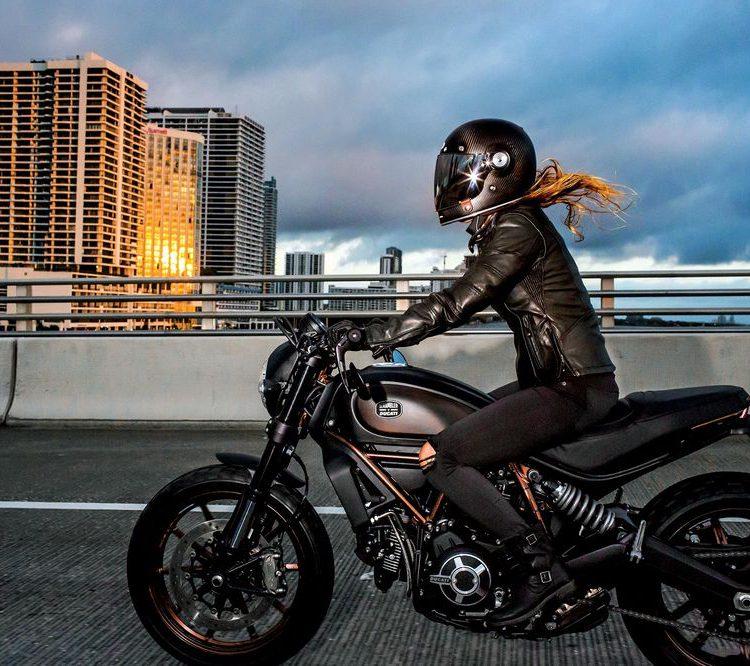 Rijles Moto Puro